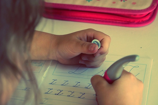 Dysgraphia symptoms in children