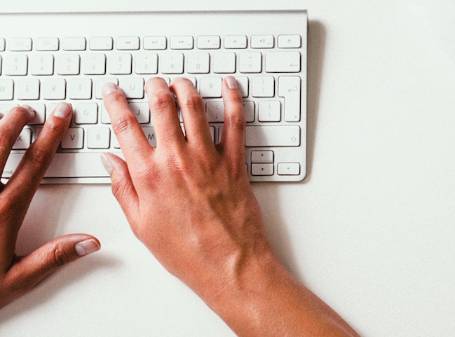 How to learn typing without looking