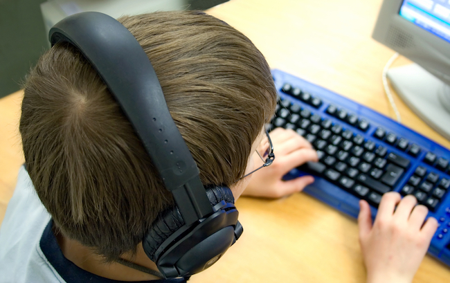 Top tips for teaching children typing